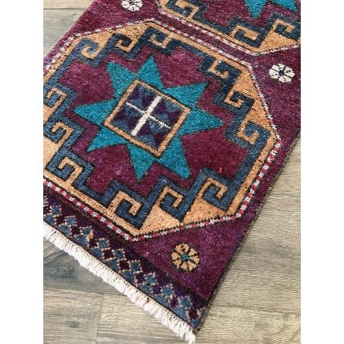 "19"" x 34"" Boho Decor Vintage Handmade Turkish Little Rug"